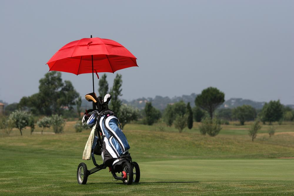 Windproof Umbrella For Your Golf Grounds